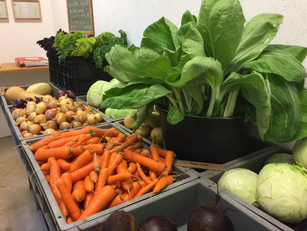 Grøntsager i butikken